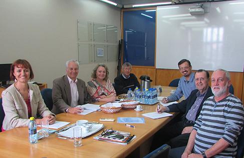 Reunião da comissão julgadora na Fecomércio-PR (Divulgação)