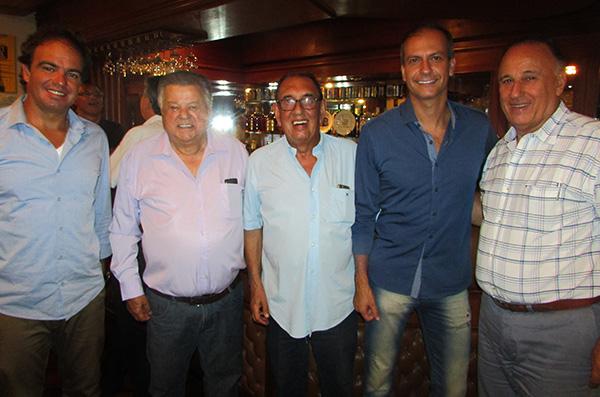 Felipe, Jairo, Fatuch, professor Euler e Jacob (Foto Panorama do Turismo)