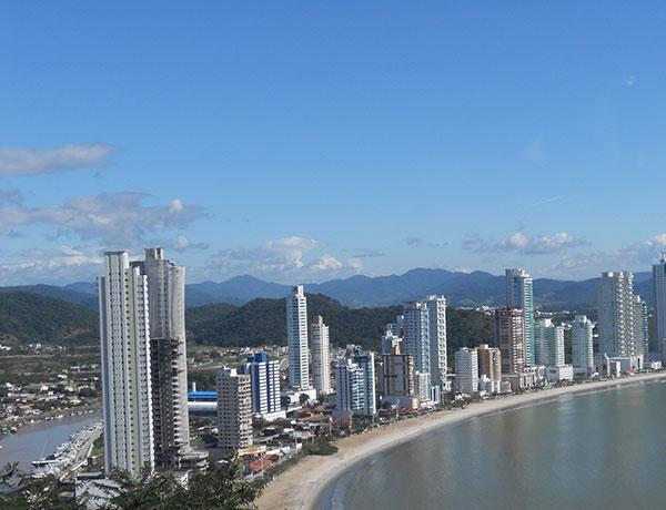 Camboriú, termômetro do fluxo turístico (Foto Panorama do Turismo)