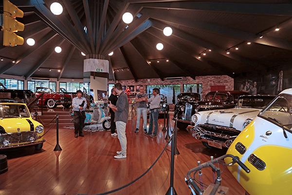 Em exposição, 28 carros (Fotos Luiz Costa)