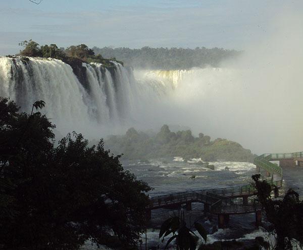 Cataratas, emblema do destino (Foto Panorama do Turismo)