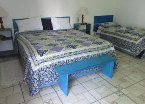 Suítes com cama casal e solteiro