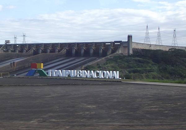 Itaipu, cenário de evento esportivo inédito (Foto Panorama do Turismo)