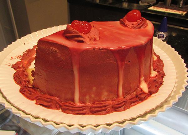 Tortas e bolos, de fabricação própria (Foto Panorama do Turismo)