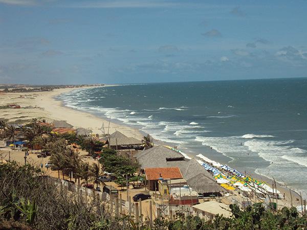 Mais de 50 quilômetros de praias