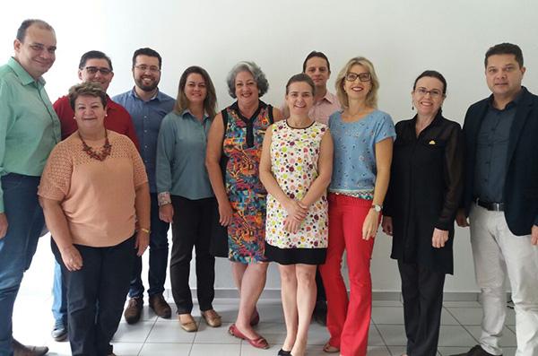 Nova diretoria reunida (Foto Divulgação | JRCVB)