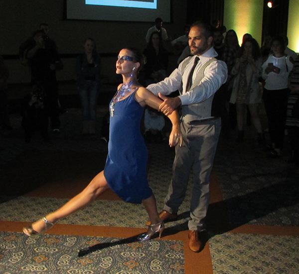 Shows de dança, no programa