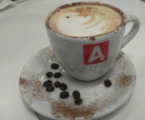 Bom café para combinar com os doces (Foto Panorama do Turismo)
