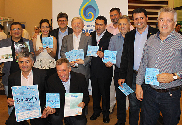 No lançamento da candidatura de Foz, ano passado, com Alejandro e Piolla ao centro (Foto Panorama do Turismo)