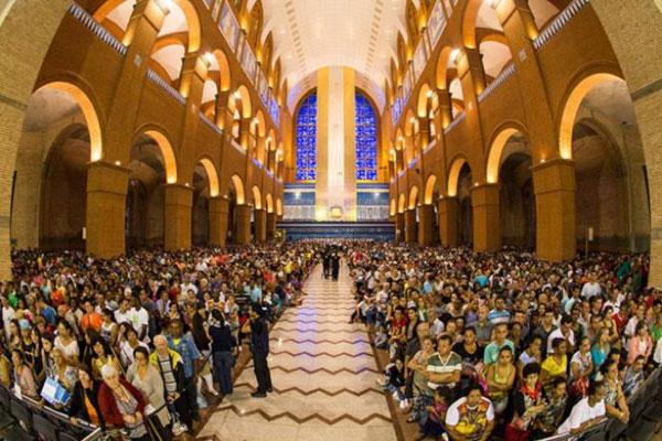 Coluna Volta ao Mundo por Nelci Seibel: Santuário de Nossa Senhora de Aparecida