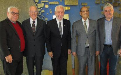 Homenagens marcam reunião do Cepatur