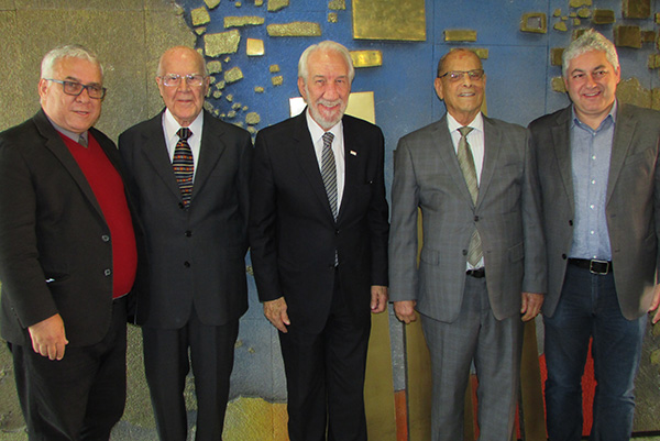 Jacó, Gilberto, Piana, Pimentel e Douglas, antes do início dos trabalhos (Fotos Panorama do Turismo)