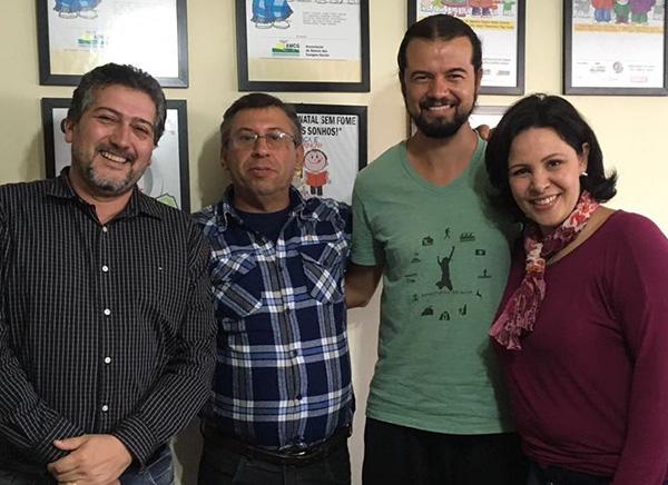 Cintia e parte da sua diretoria (Foto Divulgação | Adetur-Campos Gerais)