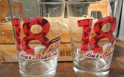 Bar Brahma homenageia os namorados