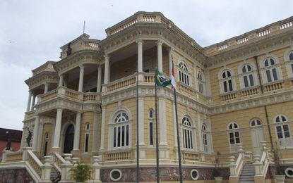 Palácio Rio Negro está reaberto aos turistas