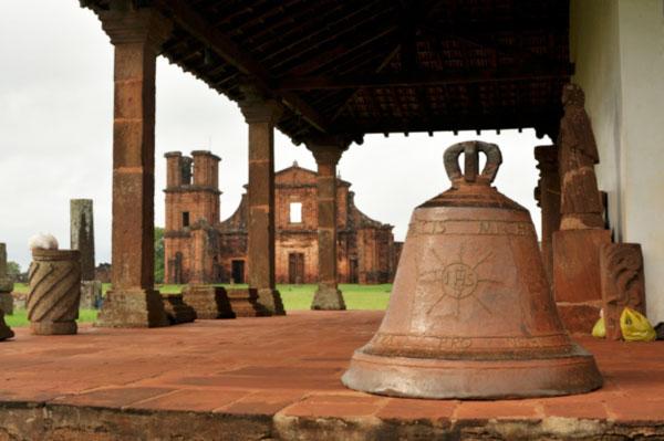 Coluna Volta ao Mundo por Nelci Seibel: Preciosidades históricas em São Miguel das Missões – RS