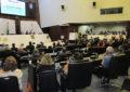 Legislativo paranaense homenageia lideranças do turismo