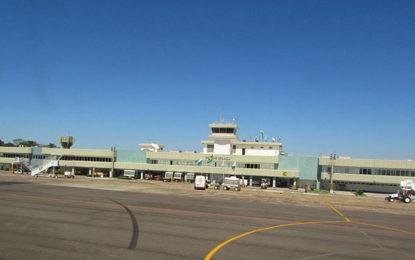 Pista do aeroporto de Foz do Iguaçu experimentará obras