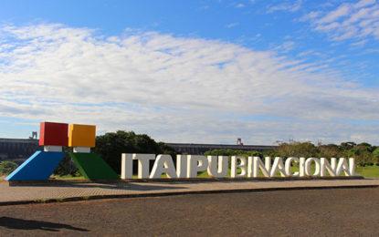 Itaipu comemora marca histórica de visitas
