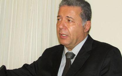Sampaio permanecerá presidente da FBHA