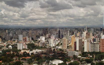 Curitiba, em tempo de aniversário