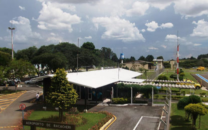 Aeroporto curitibano comemora 38 anos