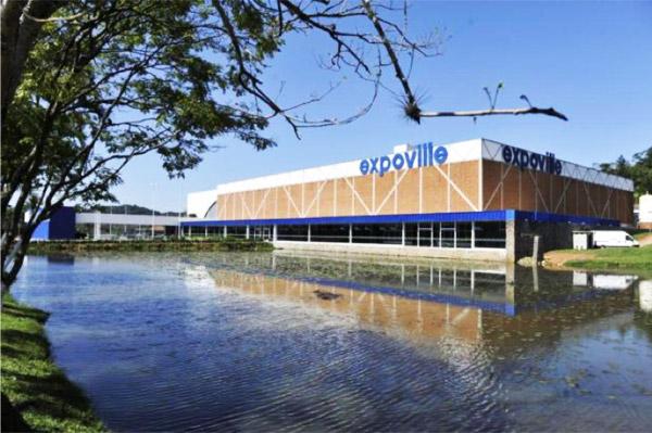 Coluna Volta ao Mundo por Nelci Seibel: Complexo Expoville, onde acontecem os grandes congressos e feiras de negócios