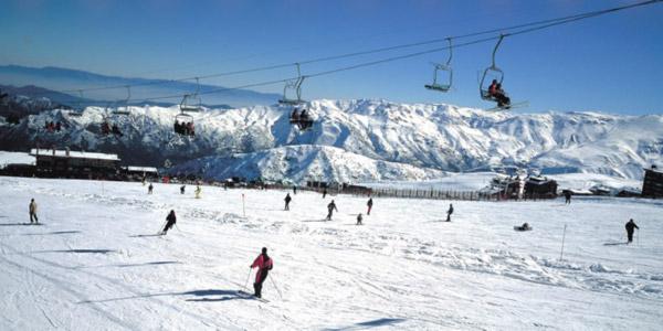 Coluna Volta ao Mundo por Nelci Seibel: Bases de esqui em Santiago do Chile