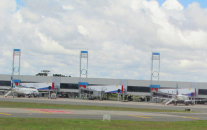Cinema em Londrina e aeroporto premiado