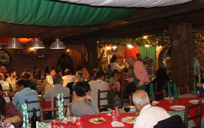 A boa mesa, na Cantina Linha Bella