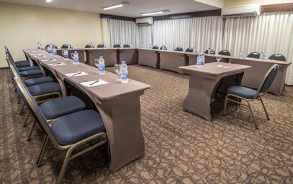 Hotel Deville de Cascavel renova espaço de eventos