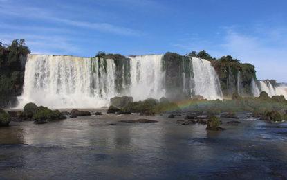 Foz do Iguaçu em Curitiba, nesse dia 14