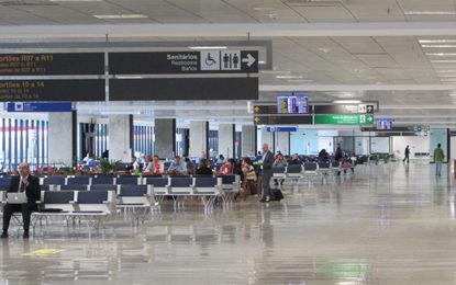 Feriado aumentará movimento em aeroporto