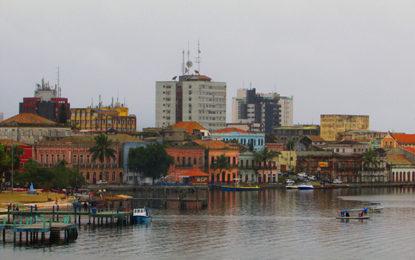 Guia apresenta litoral do Paraná