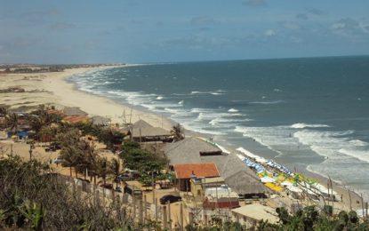 Beberibe, tranquilo destino de praia do Ceará