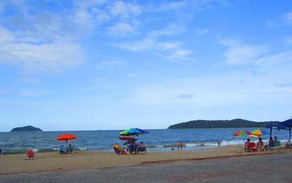 Treze praias querem Bandeira Azul