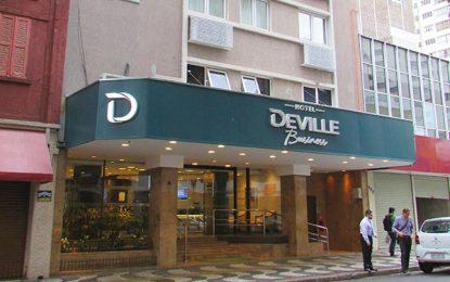 Deville, sem café da manhã