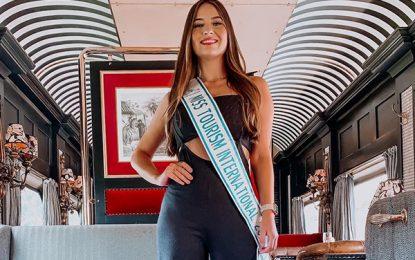 Trem de luxo, primeiro compromisso da Miss Turismo Internacional