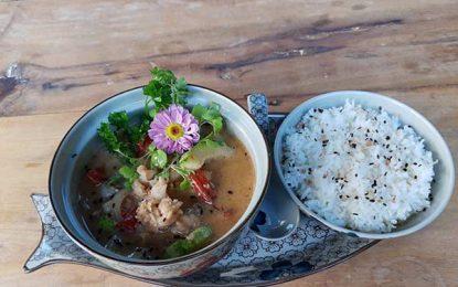 Lagosta, em destaque no Thai Garden Asian