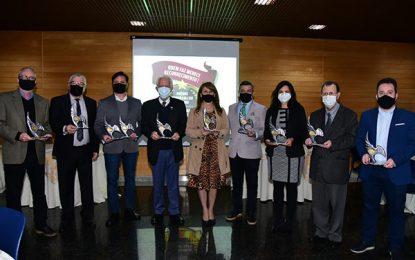 Prêmio homenageia líderes do turismo